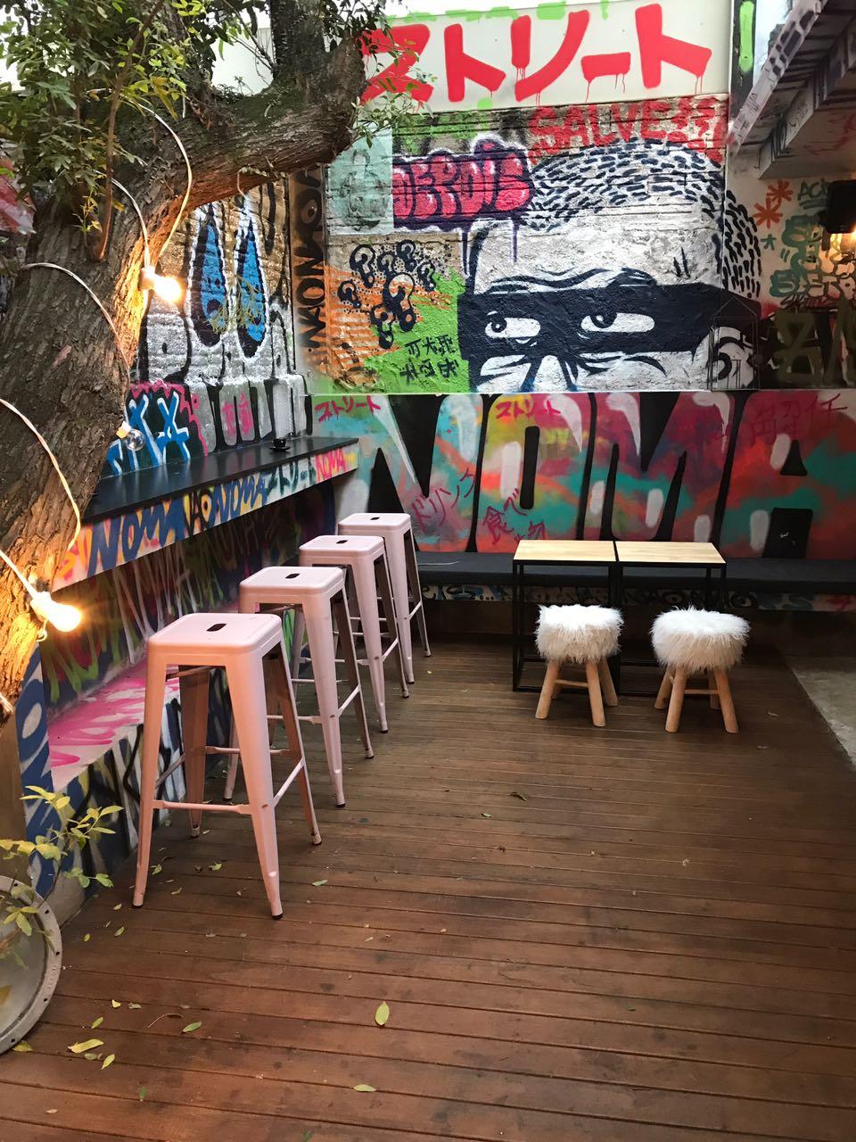 Street Art influencia projeto de sushi bar em Florianópolis
