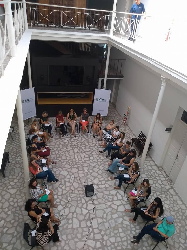 Debate 'Arquitetas na Cidade' trata da relação da mulher com o espaço urbano