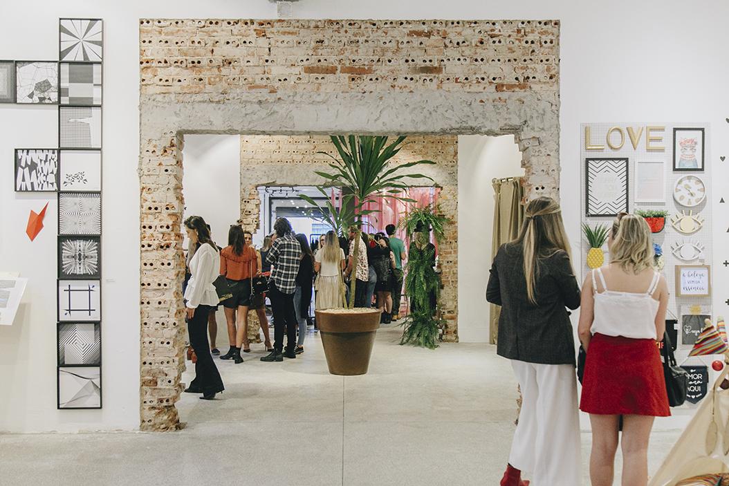 Edificação no centro de Curitiba é revitalizada e recebe a primeira 'community store' da cidade